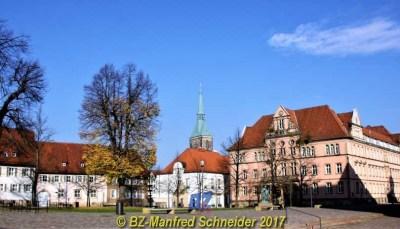 BZ Duisburg total lokal - Reisen Messe
