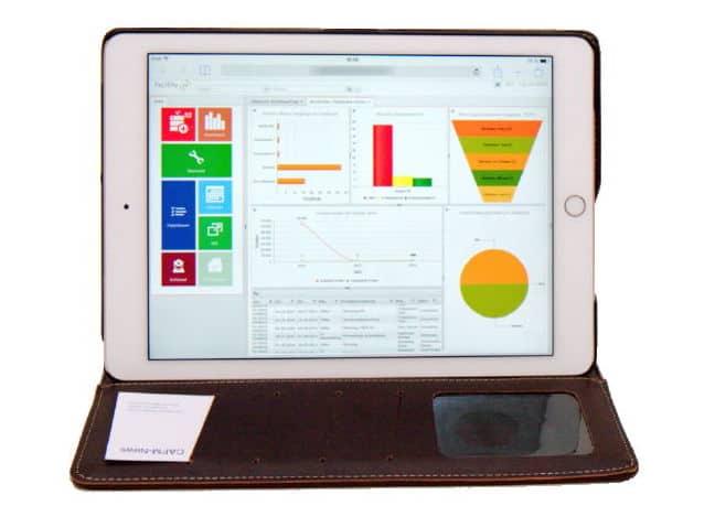 Edel in Leder: Tablet-PCs für die Arbeit im CAFM verpacken ist vielfältig und praktisch möglich