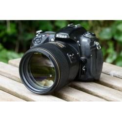 Small Crop Of Nikon D3400 Amazon