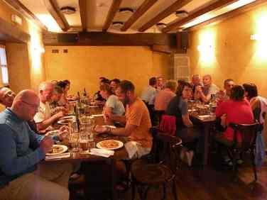 Larrasoana 01 dinner in bar