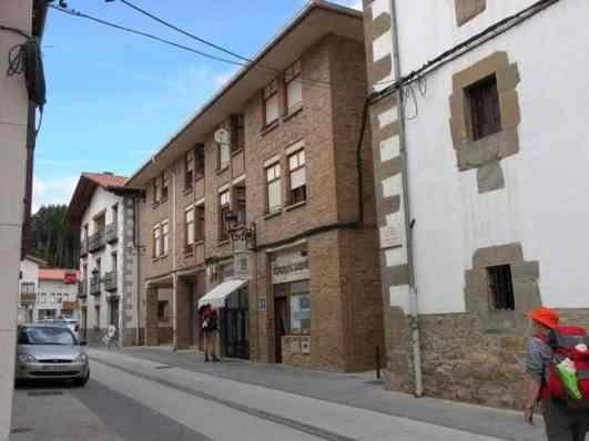 Roncesvalles - Larrasoana 09 Zubiri 02