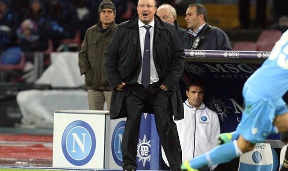 """Il Napoli chiude 3-3 al San Paolo contro il Palermo. Benitez, """"In queste situazioni se ne esce solo con serenità e tranquillità"""""""