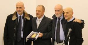 Riconoscimento al professor Aldo Elefante