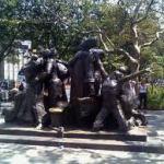 20120222101821-monumento-a-los-inmigrantes-web