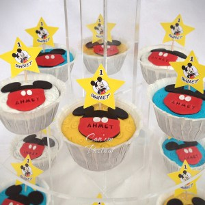 Mickey Mouse Cupcake Tower