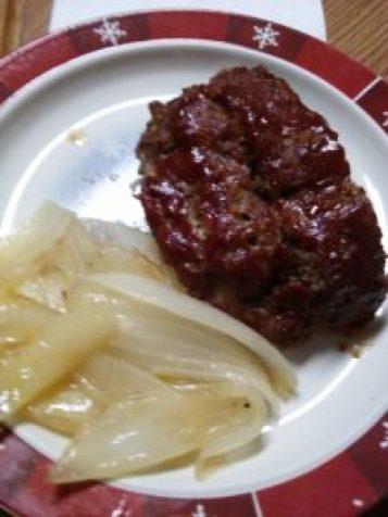 paleo-meatloaf-and-onions