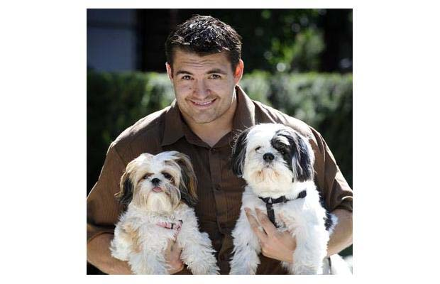 Darcy Hordichuk and his puppies