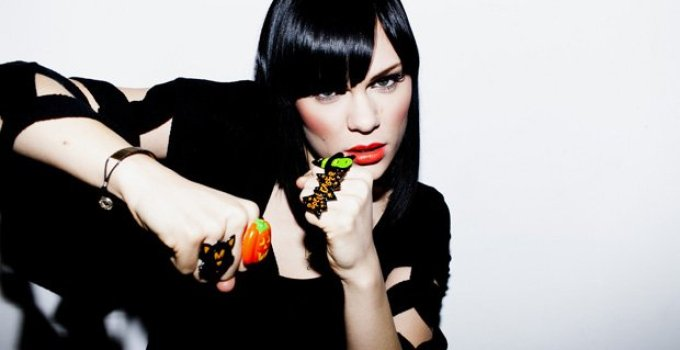 Jessie J Domino video ufficiale