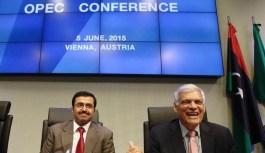 OPEC Under Pressure to Act in Algiers as Surplus Triples