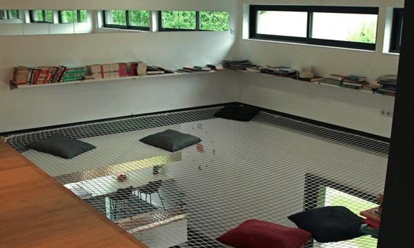 Filet d 39 habitation une mezzanine en l vitation - Filet de catamaran pour mezzanine ...