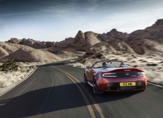 3-V12-Vantage-S-Roadster