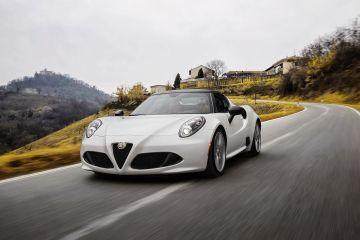 150112_Alfa-Romeo_4C-Spider-US-version_68