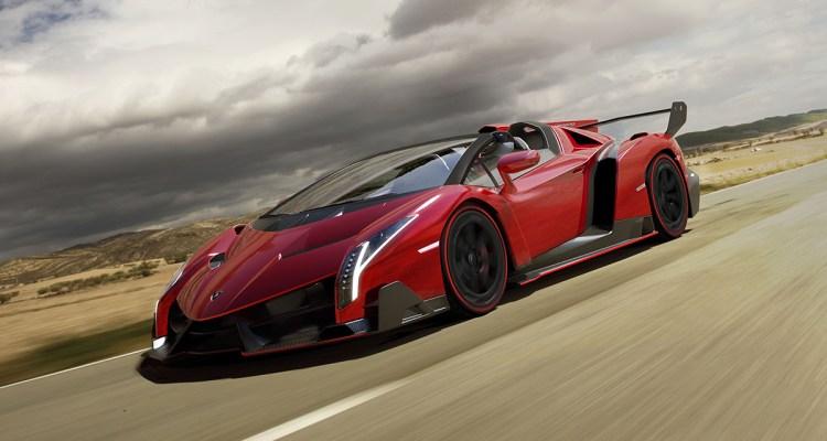 Veneno Roadster_1 c