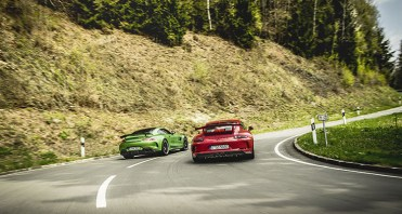 MERCEDES AMG GT R vs PORSCHE 911 GT3 9