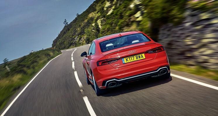 Audi RS5_5