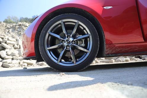 Mazda_MX5_11