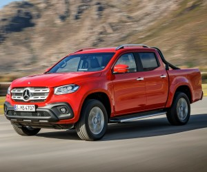 Mercedes-Benz X-Klasse – Exterieur, Danakilrot, Ausstattungslinie POWER // Mercedes-Benz X-Class – Exterior, danakil red, design and equipement POWER