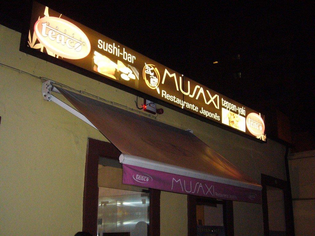 Musaxi II | Sushi Porto