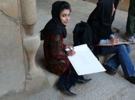 Students drawing at Chehel Sotoon in Isfahan