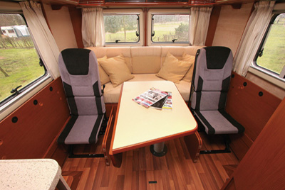 Hymer B534 Travel Seats