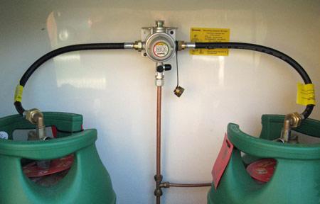 gas regulator top photo