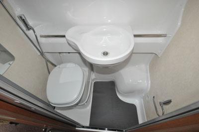 Auto-Sleeper-Windrush-washroom