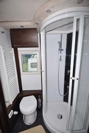 Concorde Charisma III 900LS Shower Room