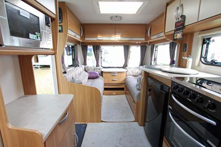 Lunar Quasar 564 Caravan Kitchen & Lounge