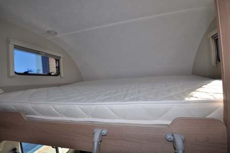 Roller Team Zefiro t690G Overcab Bed