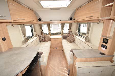 Coachman Vision Xtra 520 interior 1