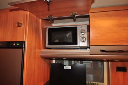 Hymer Nova 580 Microwave