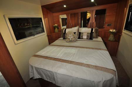 Fifth Wheel Celtic Rambler Bed