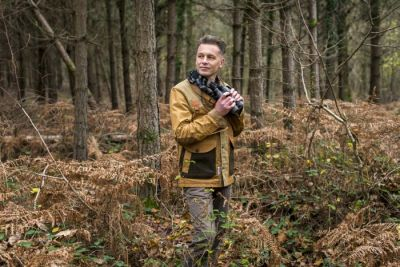Portrait of naturalist, nature photographer, television presenter and author Chris Packham. Date Taken:01/12/2014Location: The New ForestCommissioned by: Gerry Granshaw David Foster Management Direct: 0180 386 2786 Main: 0126 477 1726 www.dfmanagement.tv