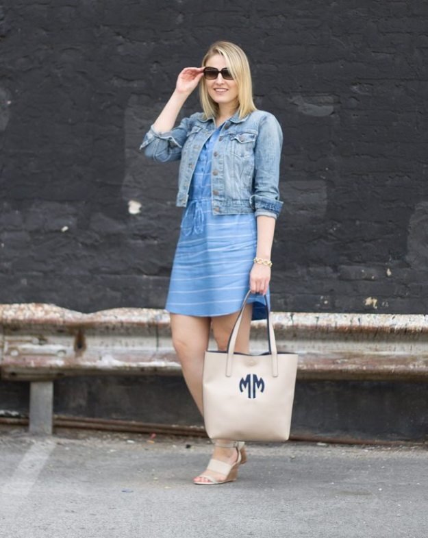 revolve clothing dress, weekend dress, casual weekend dress, sole society, weekend, monogramed tote, jean jacket