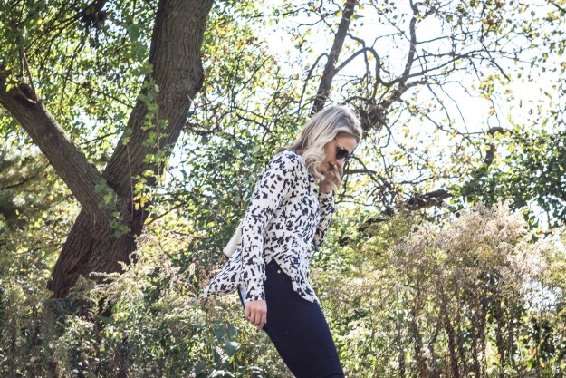 A spotted blouse for a casual fall outfit