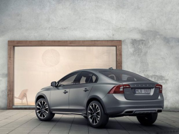 new car launches india 2016 2016-volvo-s60-cross-country-images-rear-quarter