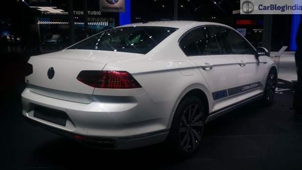 upcoming new car launches india 2016 volkswagen-passat-auto-expo-2016