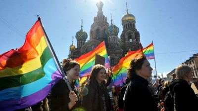 gay-rights-russia-400x225