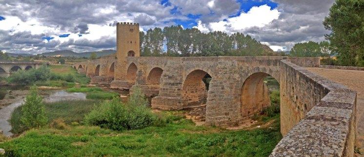 FRIAS---Puente-Medieval-(IPhone)-(1)