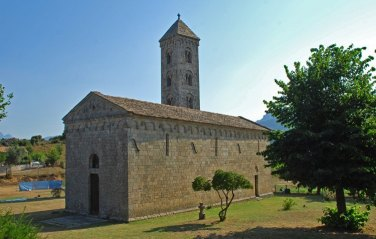 Iglesia Románica de Carbini