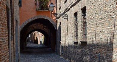 Via delle Voltes. Calle de las Bóvedas