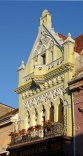 Brasov. Calle de la República. Edificio Modernista