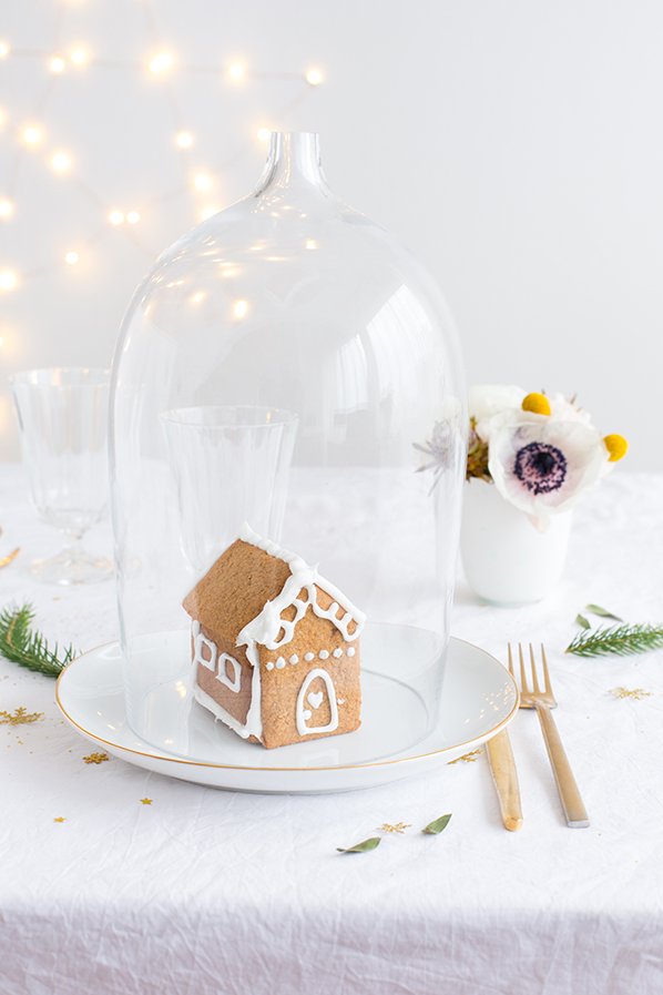 Tiny gingerbread house - Carnets parisiens