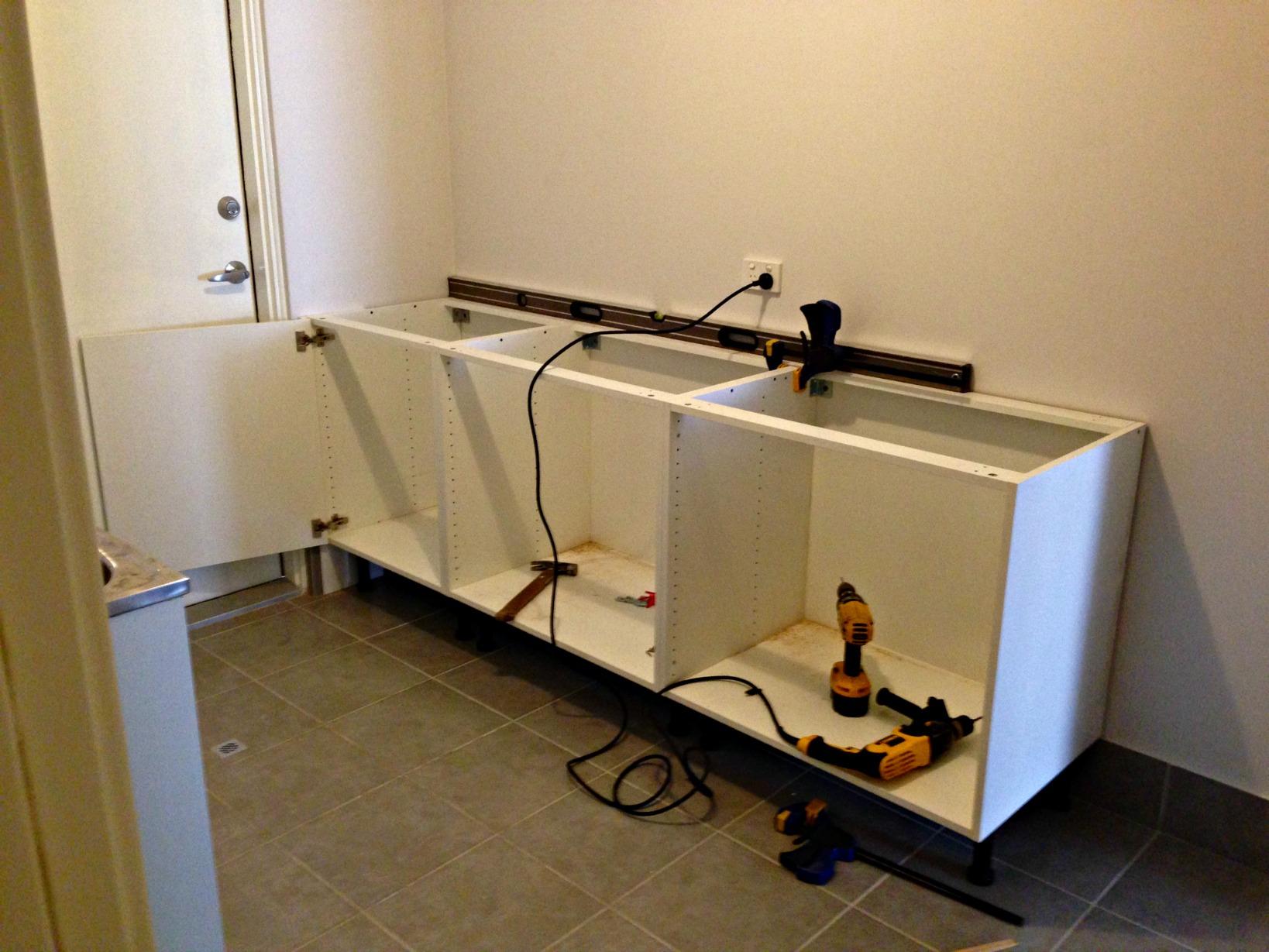install kitchen cabinets installing kitchen cabinets