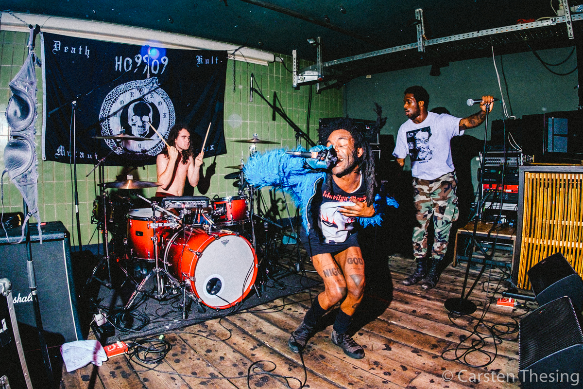 ho99o9(c)carstenthesing-9414
