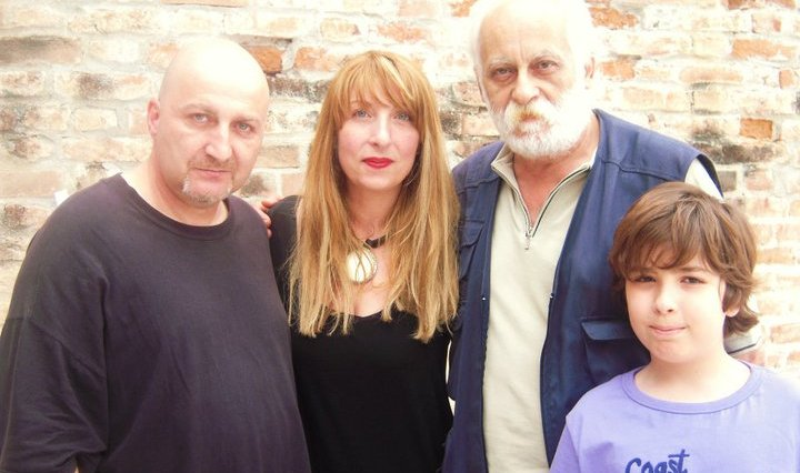 12 giugno 2011, Verona, alla Fiera dell'editoria poetica si aggiravano loschi e pericolosi individui: Enzo Campi, io, Francesco Marotta e mio figlio.