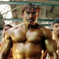 Bodybuilding Kampfszene à la Bollywood