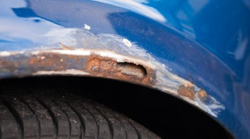 Car rust, rusty, dirty, poor maintenance