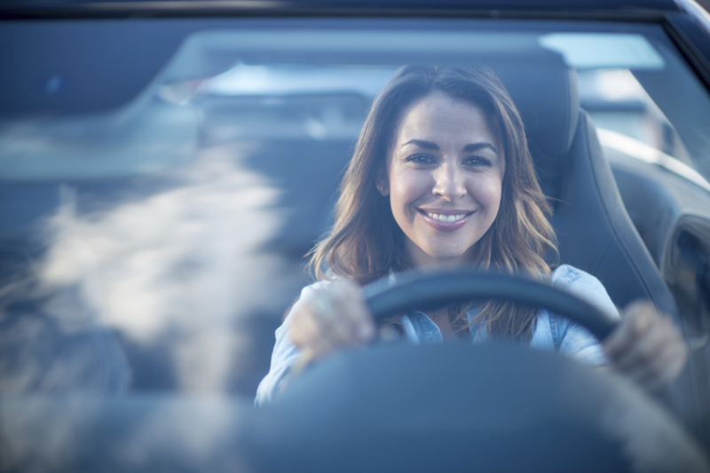 Happy customer, windshield, driving, carwash, clean windshield, glass cleaning, satisfied customer, customer satisfaction, customer experience,