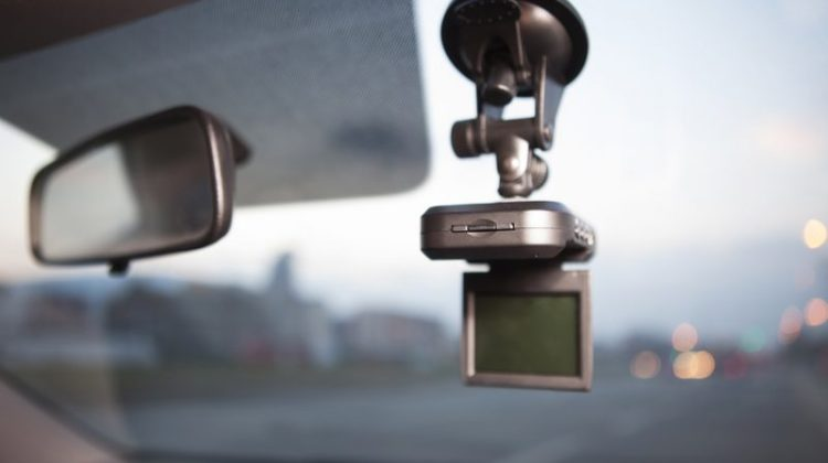 dash cam, dashboard camera, windshield, car, car accessory, car accessories, driving aids